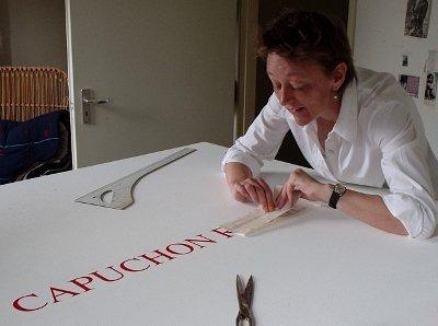 Marja belettert het CAPU-bord